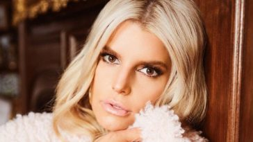 Sexy Photos of Jessica Simpson Which Will Leave you Drooling